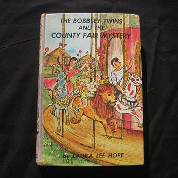1960 Bobbsey Twins and the County Fair Mystery Laura Lee Hope Hardcover