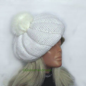 White Beret Hat Bow,Crochet Beret,Slouchy Beret, Fall Winter Hat,Women's French Hat,Women's Teen Girl Beret, Fur PomPom