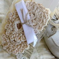 3 Crocheted cream flowers. For scrapbooking or home decor. Comes with trim and buttons. Great little craft kit for any of your projects