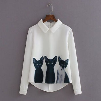 Three Cats Flower Print Turn-down Collar Pullover Blouse