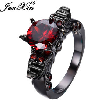 JUNXIN Punk Skull Design Round Ruby Rings Black Gold Filled Fashion Jewelry Retro Wedding Rings For Party Women Birthday Gifts
