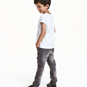 H&M Tapered Jeans $24.99