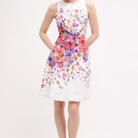 Donna Morgan Scattered Posy Dress in White Size: