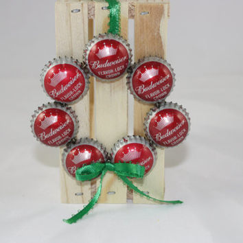 Budweiser bottle cap wreath ornament from country rich design for Recycled christmas decorations using bottles