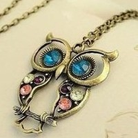 Vintage, Retro Colorful Crystal Owl Pendant and Chain with Antiqued Bronze/Brass Finish: Jewelry: Amazon.com