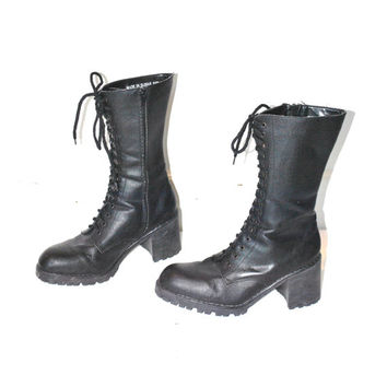 size 8.5 GOTH chunky black platform boots vintage 90s 1990s LUG sole lace up TALL vegan boots