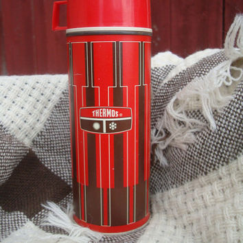 Vintage Thermos Red an Brown  Pint  Made In the USA Norwich Conn