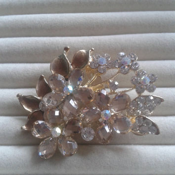 creme crystal flower rhinestone goldtone  brooch  pin