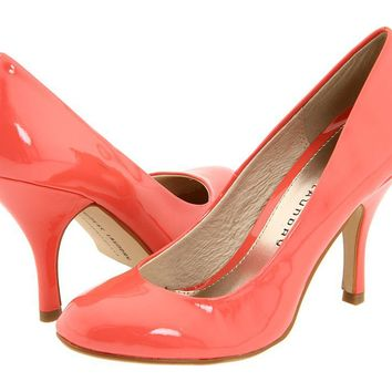 Rounded toe peach pumps--Chinese Laundry
