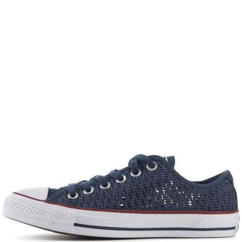 MDIGUG7 Converse for Women Chuck Taylor Ox Crochet Navy Sneakers