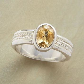 Sunbeams Ring