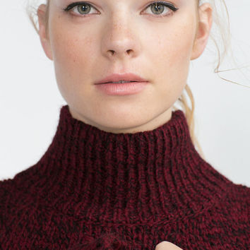 SWEATER WITH TURTLE NECK