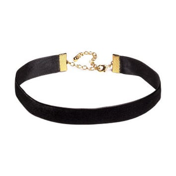 H&M Velvet Choker Necklace $3.99