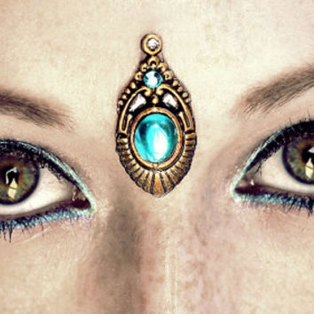Cyan Bindi, tribal fusion, bellydance jewelry, fantasy jewelry, gypsy costume, third eye chakra, pagan, wicca, forhead jewelry, gold, blue