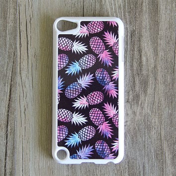 Purple Pineapple Fruit iPod Touch 5 case and iPod Touch 4 Case,iTouch 5/4 Rubber Case