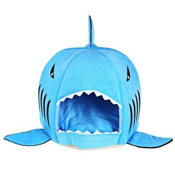 CREYYN6 Novelty Soft Dog Cat Bed Cartoon Shark Mouse Shape Washable Doghouse Pet Sleeping Bed Bule/Grey Color With Removable Cushion
