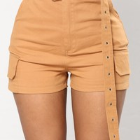 Going Rogue Cargo Shorts - Camel