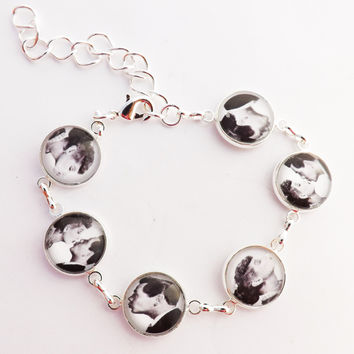 Lucy and Ricky Kissing Wedding Glass covered  Bezel Bracelet