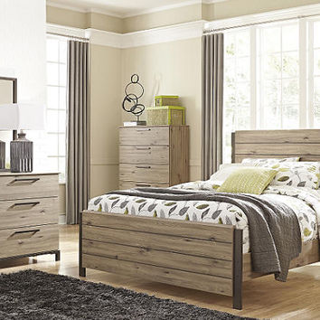 Bradford Queen Size Panel Bed