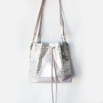 Pink Leather Bucket bag, Pastel shoulder bag, Metallic leather drawstring bag, Bohemian Crossbody Purse, Geometric Shoulder bag