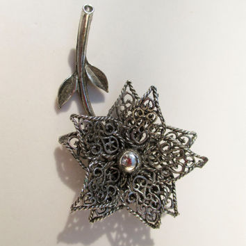 Vintage  Antiqued Silver Flower Brooch Pin Daisy