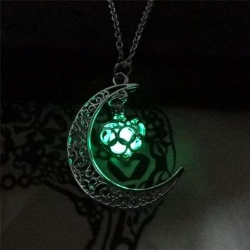 Unisex Charm Heart Hollow Box Cute Locket Glow In The Dark Pendant Silver Chain Moon Necklace Jewelry Women Gifts