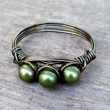 Green Freshwater Pearl Ring, Rustic Antique Brass Wire Wrap Ring, Hippie Bohemian Three Pearl Ring, Green Boho Jewelry, 3 Stone Wrap Ring