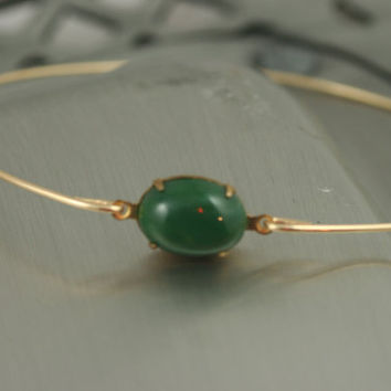 Single stone Hunter green gold modern  bangle