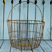 Chippy Metal Basket with Handle , Salvage Garden Decor , Outdoor Flower Pot