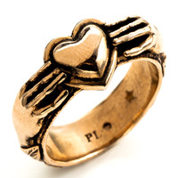 Pamela Love Aeternum Ring - Heart Ring - ShopBAZAAR