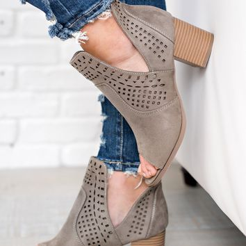 Jayna Cutout Booties (Stone)