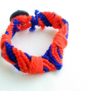 Macrame bracelet - Orange bracelet - Blue bracelet - Button closure - friendship bracelet - tribal bracelet - braided bracelet - Crochet