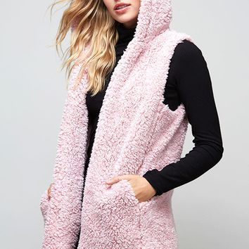 Fantastic Fawn Hooded Sherpa Vest in Blush Pink