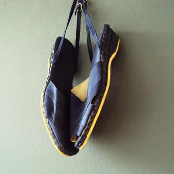 Vintage 90s Nautical Navy Blue Linen Ribbon Raffia Espadrilles Small