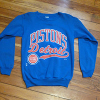 retro 80s/90s detroit basketball nba pistons basketball pullover crewneck sweater small/medium