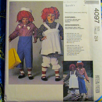 Uncut 1980's McCall's Sewing pattern, 4097! 2/4 Toddlers/Kids/Children's Halloween Costume/Raggedy Ann and Andy/Pullover Dress/Bloomers