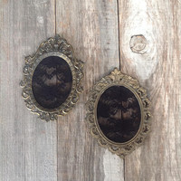 Set of 2 small ornate oval frames with black lace/ gothic decor/ Halloween decor/ gothic wedding