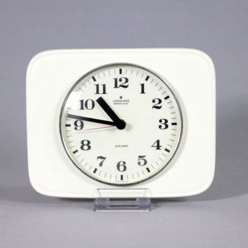 Vintage Mid Century JUNGHANS Ato-mat Ceramic Wall Clock WHITE Minimalist 1970s 70s