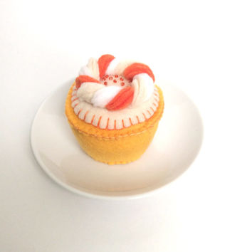 Orange Creamsicle SCENTED Felt Cupcake, Felt Food: Hand Stitched Cupcake -- children's pretend play, tea set, tea party, felt cupcake, gift