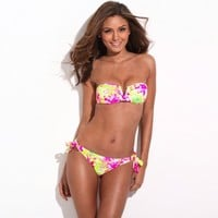 Full-Lined High Contrast Floral Blooming Pattern Bikini Set