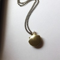 ON SALE A Mermaids Locket. A Shell, Clam, Oyster Vintage Brass Locket Necklace. Romantic. For Sister, Mother, Wife, best friends.Wedding.