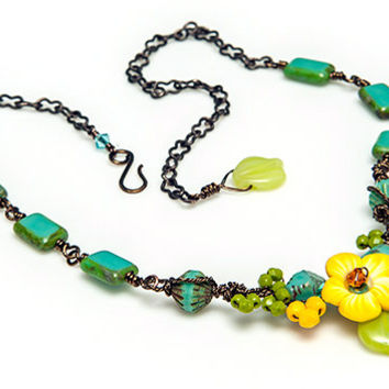 Yellow Turquoise Flower Necklace, Beaded Necklace, Bridal Jewelry, Summer Jewelry