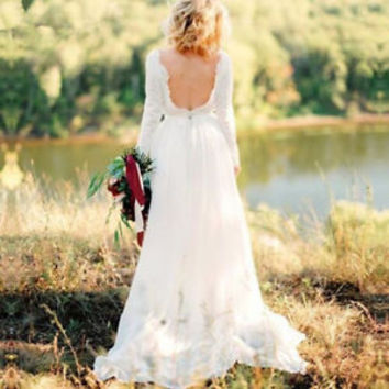 Chic Chiffon Lace Wedding Dress with Long Sleeves Spring Bridal Dress Gown