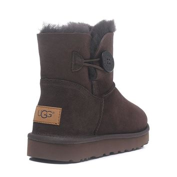 UGG W Mini Bailey Button Snow boots