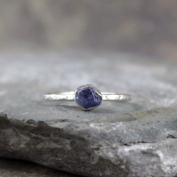 Raw Blue Sapphire Ring - Engagement Ring - September Birthstone Rings - Stacking Rings - Uncut Sapphires - Jewellery Made in Canada - Rustic