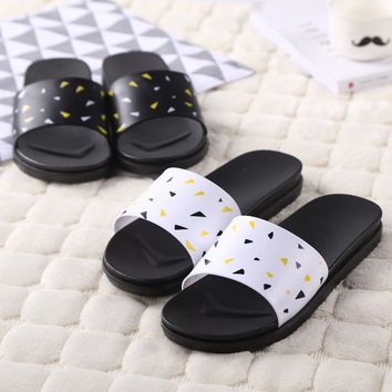 Home Couple Outdoors Soft Thick Crust Anti-skid Bathroom Slippers [211457179660]