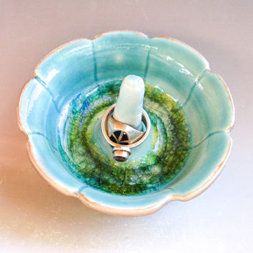 Small Turquoise Ring Holder - Flower-shaped Ring Bowl