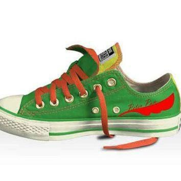 CREYON disney s peter pan low top double tongued converse