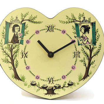 Peynet Lovers Clock. Heart Wall Clock. Vintage Les Amoureux de Peynet. Romantic Heart Decor. Vintage Valentines Gift.