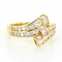 Vintage 18 Karat Yellow Gold Diamond Cocktail Right Hand Ring Fine Jewelry